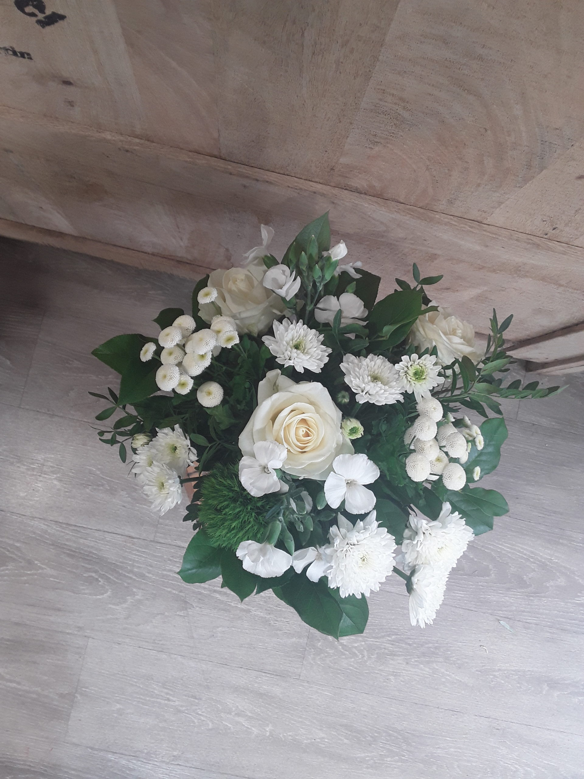bouquet-surprise-blanc